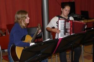 Leerlingen accordeon gitaar